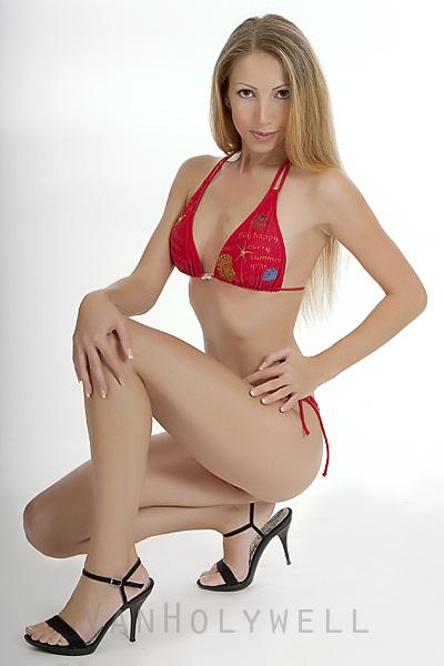 Angela Blanche Bikini Casting Picture