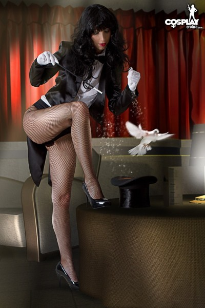 Zatanna Cosplay by CosplayErotica with Angela Blanche