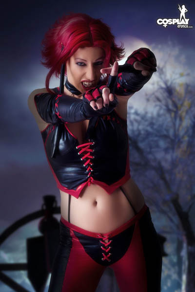 Bloodrayne_by_CosplayErotica_08