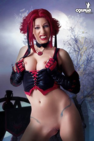 Bloodrayne_by_CosplayErotica_36