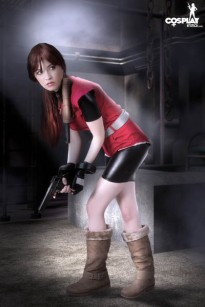 Resident_Evil_Claire_by_CosplayErotica_04