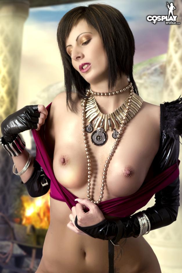 tina_boobs.jpg